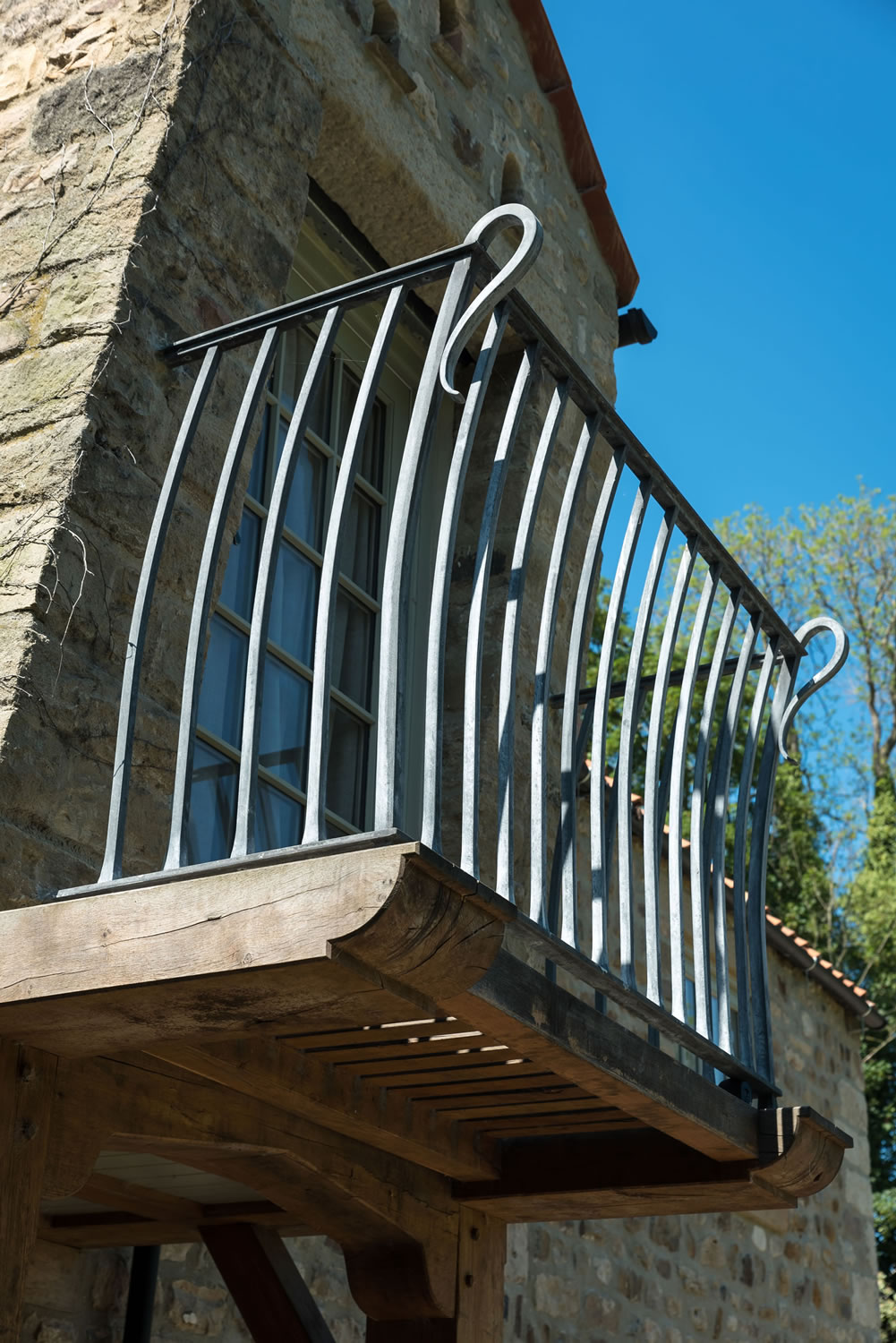 Handrails stairs ballustrades james wilkinson for Balcony company